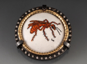 Red Wasp Brooch_2014_small